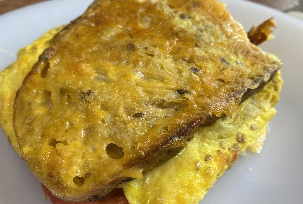 Sandwich avec notre pain de campagne multi-céréales !